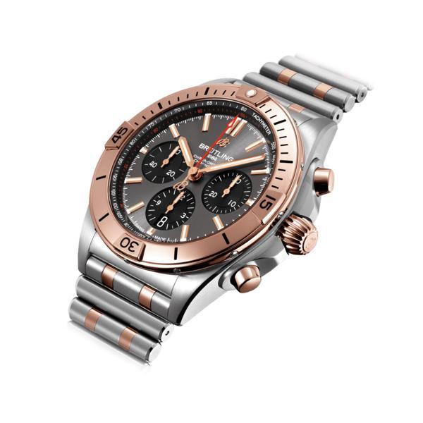 Chronomat B01 42 (2)