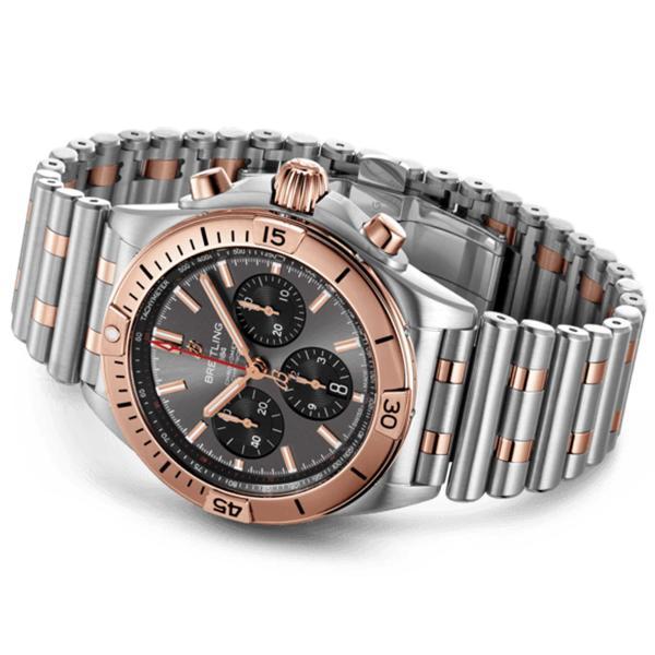 Chronomat B01 42 (1)